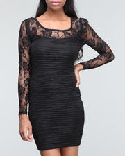 Women - Lace bodycon dress