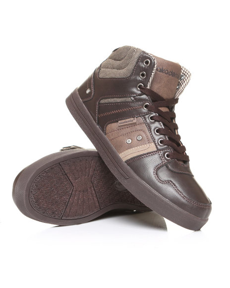 - Leather Hi Top Sneaker