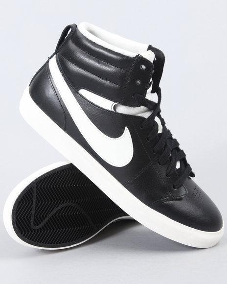 Nike Women Black Wmns Hally Hoop Sneakers