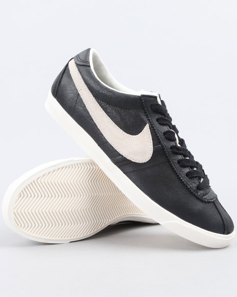 Nike Women Black Wmns Nike Bruin Lite Sneakers