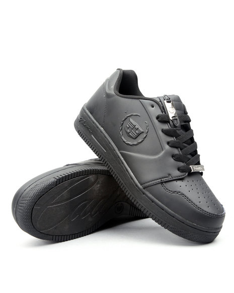 vital lowtop athletic sneaker