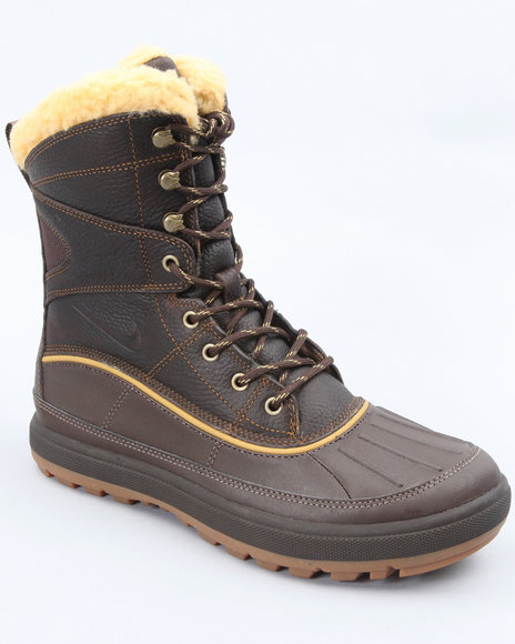 Nike Men Brown,Khaki Nike Woodside Ii Hi Boots