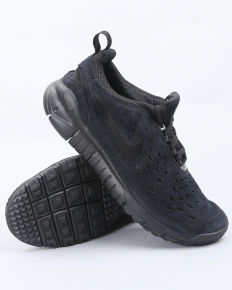 Nike Men Black Nike Free Trail Sneakers