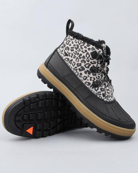 Nike Women Tan Wmns Nike Woodside Chukka Ii Sneakers