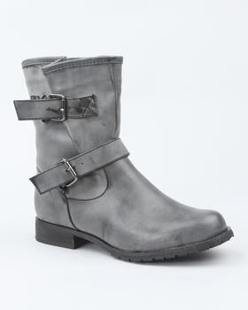 Fashion Lab - Basic short boot w/buckle detail