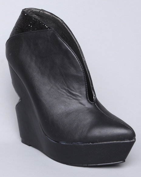 Image of Dereon Women Black Kiara Cut-Out Wedge Bootie