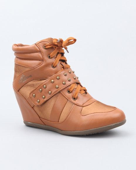 Apple Bottoms Women Tan Junia Studded Wedge Sneaker