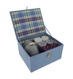 Candle Gift Box Meredith - Box Set Contains One Lavendar Vanilla Mediium Frosted