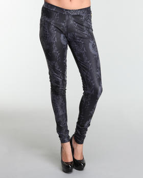 Apple Bottoms - Cheetah Printed Legging