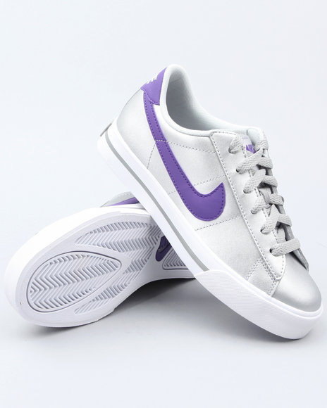 Nike Women Silver Wmns Sweet Classic Leather Sneakers