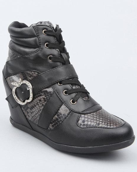 Apple Bottoms Women Black Juno Buckle Animal Trim Wedge Sneaker