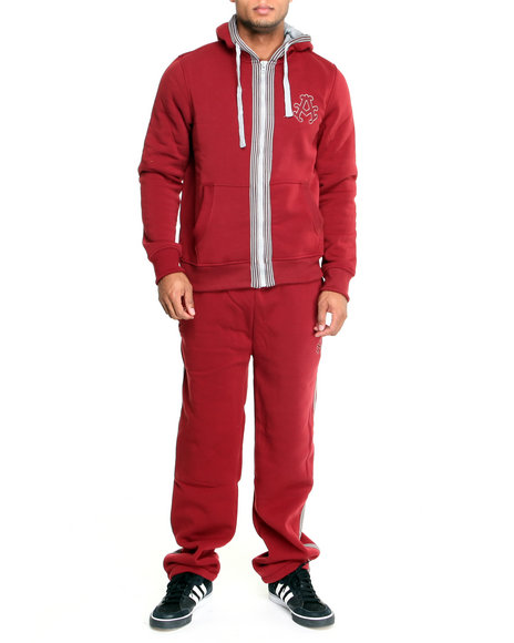 Akademiks Men Maroon Long Jump Fleece Set