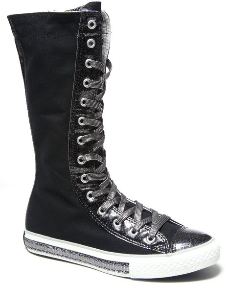 Converse Girls Black Chuck Taylor All Star Tall (11-3)