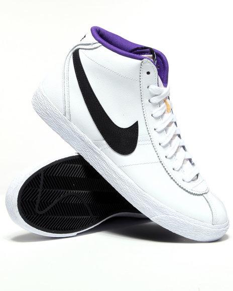Nike Men White Nike Bruin Mid Sneakers