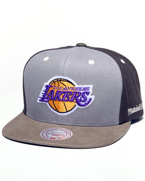 Mitchell amp Ness Men Los Angeles Lakers Nba Clay Snapback Cap Green 1SZ