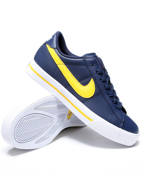 Nike Men Navy Sweet Classic Leather Sneakers