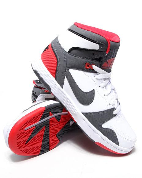 Nike Men White Nike Mach Force Mid Sneakers
