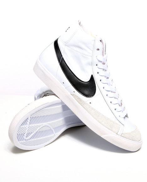 Nike Men White Blazer Vintage 77 Sneakers