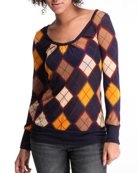 Basic Essentials - Argyle print long sleeve knit top
