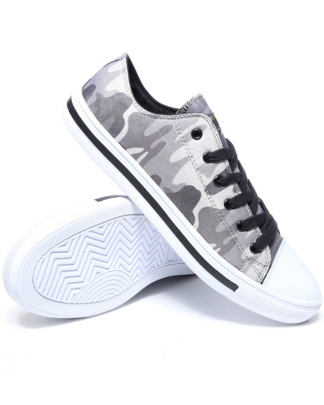 Buyers Picks Men Camo Pay Homage Lowtop Sneakers