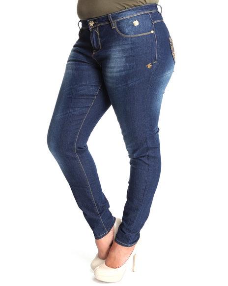 Apple Bottoms Women Medium Wash Stones Trimmed Apple Pocket Skinny Jean (Plus Size)