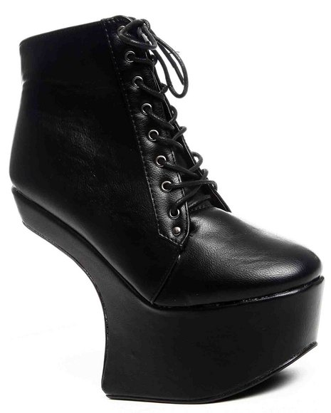 Fashion Lab Women Black Aloma Bootie