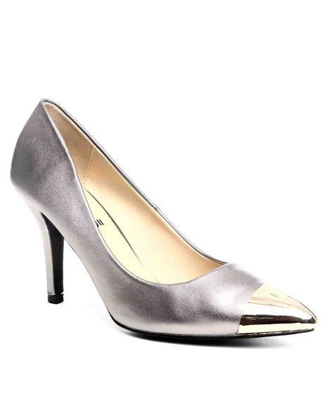 Fashion Lab Women Bronze,Gold Pump W/Toe Detail