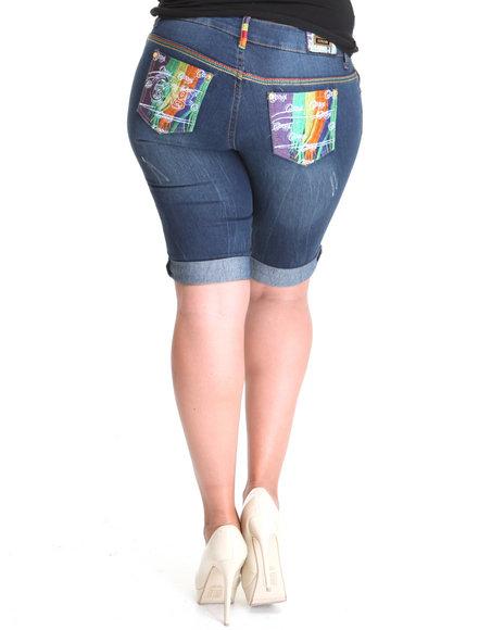 COOGI Women Medium Wash Coogi Multi Colored Pocket Distressed Capri Jean (Plus Size)