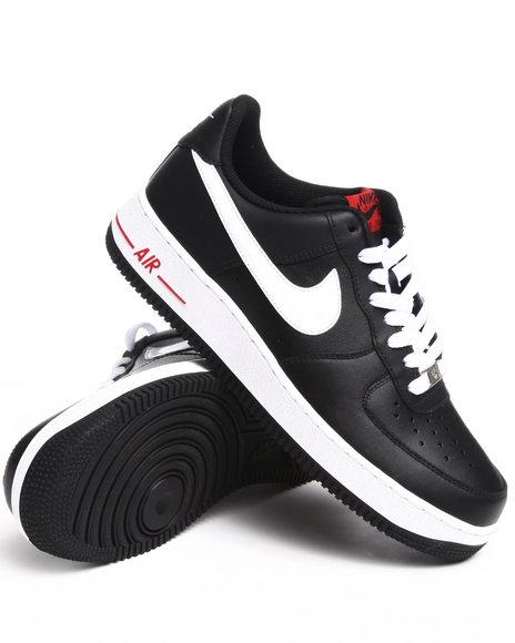 Nike Men Black Air Force 1 07 Sneakers