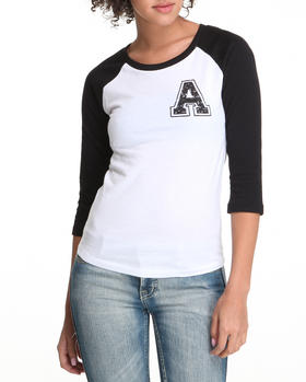 Basic Essentials - Baseball tee w/letter A