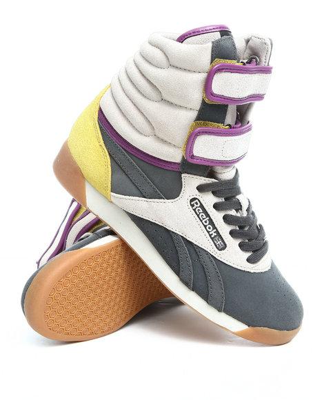 Reebok Women Grey Freestyle Double Bubble Sneakers
