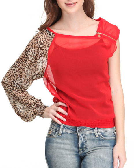 Apple Bottoms Women Red Animal Sleeve Sexy Ruched Top