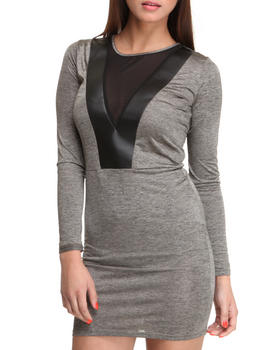 Basic Essentials - Dress w/v-neck detail and mesh