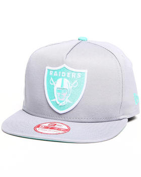 New Era - Oakland Raiders Flip Up Offical snapback hat (A-Frame w/ undervisor treatment)
