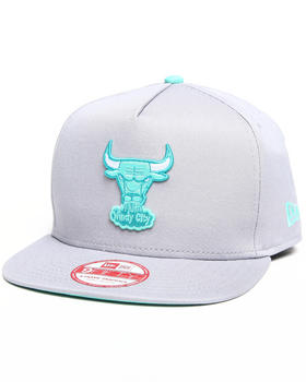 New Era - Chicago Bulls Flip Up Offical snapback hat (A-Frame w/ undervisor treatment)