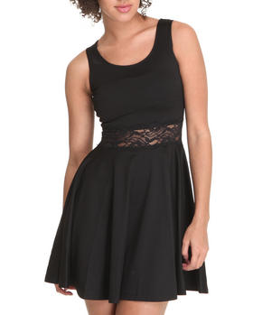 Basic Essentials - Sleeveless skater dress w/lace waist detail