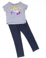 4-6X Little Girls - 2pc Short Sleeve Knit Top with Capri Set