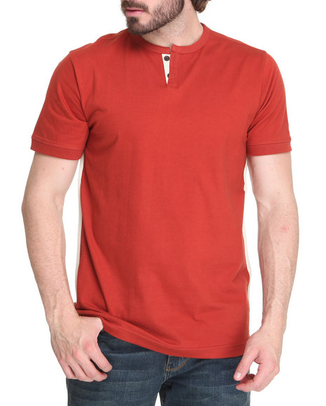 A Tiziano Men Red Thompson Y-Neck T-Shirt