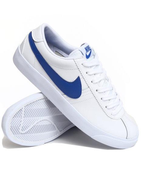 Nike Men White Nike Bruin Low Sneakers