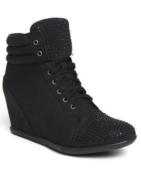 Fashion Lab - Kasmira Sneaker Wedge w/Studs