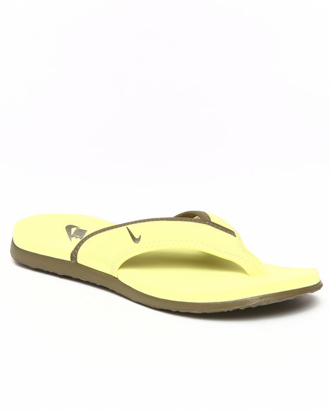 Nike Men Yellow Celso Thong Plus Sandals