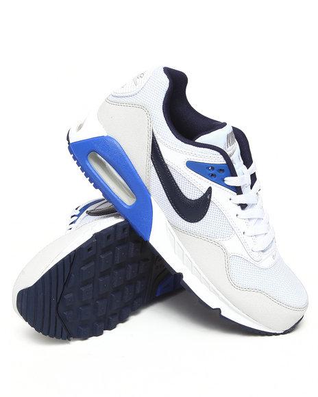 Nike Men White Nike Air Max Correlate Sneakers