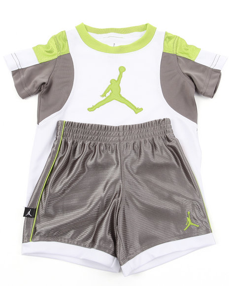 Air Jordan Boys Grey Post Up Shorts Set (2T-4T)