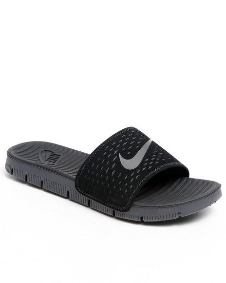 Nike Men Black Celso Motion Slide Sandals