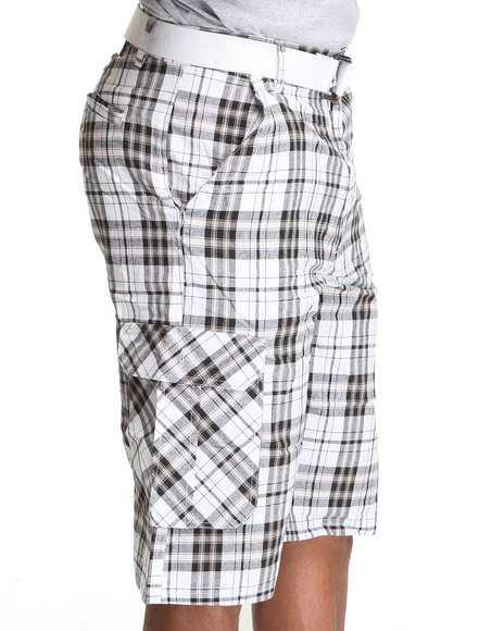 Basic Essentials Men White Cargo Plaid Shorts With Belt