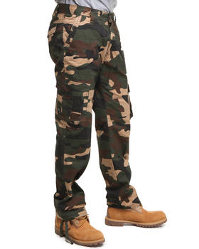 Akademiks - Striker Military Camo Cargo Pants