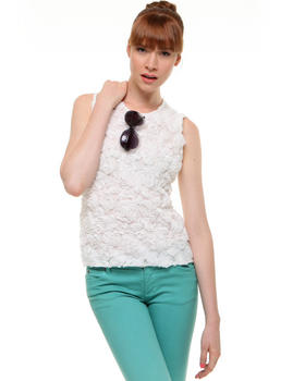 Vince Camuto - Sleeveless Rose Lace Blouse