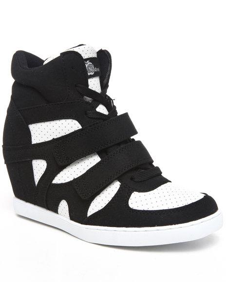 Apple Bottoms Women Black,White Twinkle Wedge Sneaker