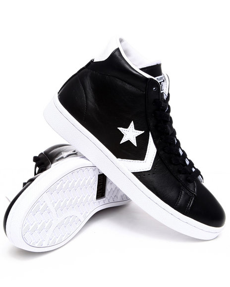 Converse Men Black Pro Leather Sneakers