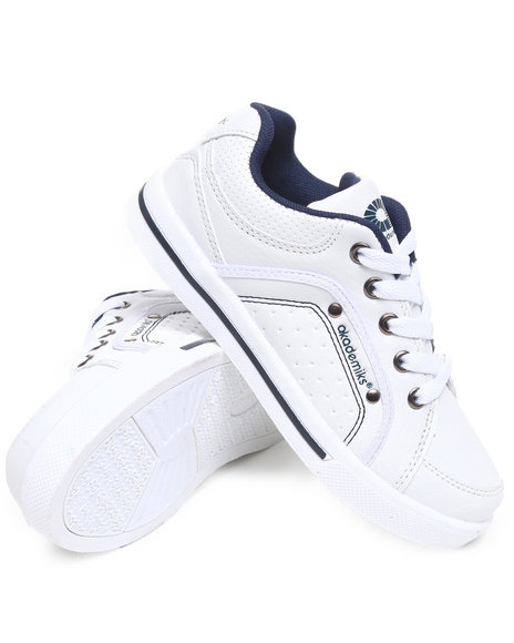 Akademiks Boys White Perforated Lo Sneaker (11-3)